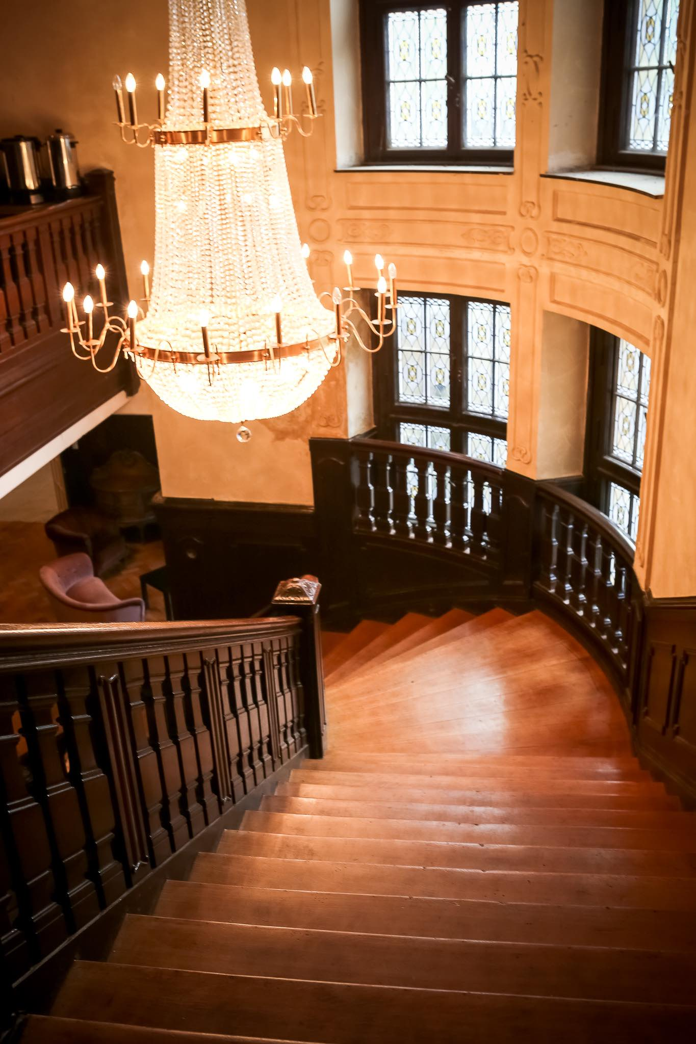 heres a slideshow with more pictures of the castle - Light Hardwood Castle 2015